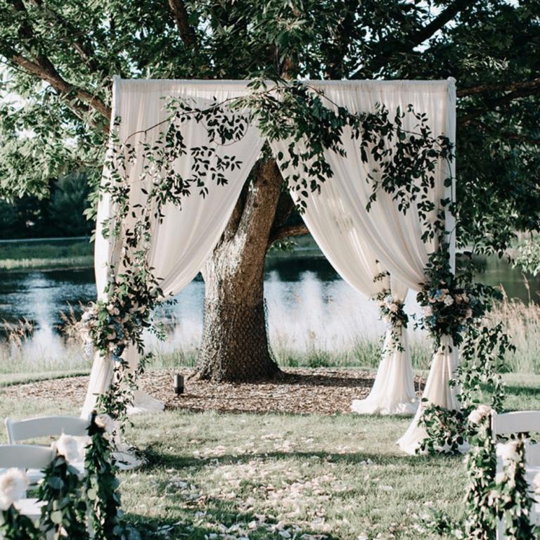 plenerowy ołtarz ślubny organizacja wesela murowianki park weselny sala weselna